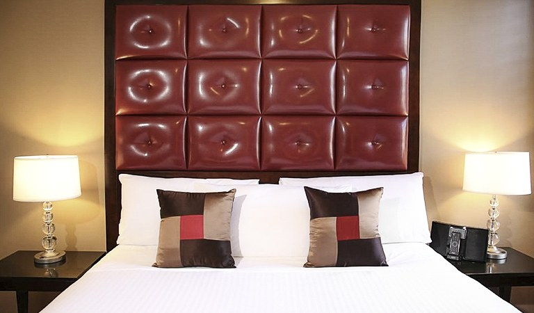 Deluxe King Guestroom at Hotel Belleclaire, New York